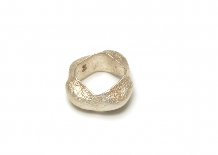 fast ASHANTi, ring, 2003, pure silver