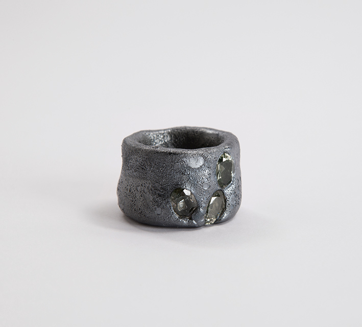 2015, ring, synthetic spinel, niello