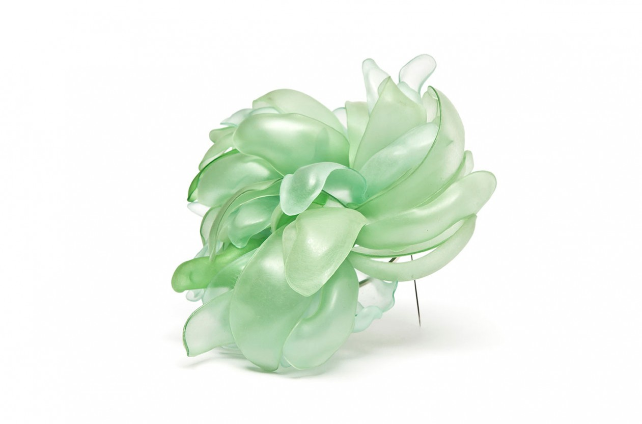 Natura 9. Brooch. Recycled PET plastic bottles and plated brass