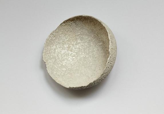 calm luna brooch, 2010 silver, fine silver