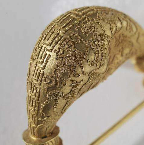 9298d4a48b8a25095970a5d48e0b10cd-ancient-jewelry-byzantine-jewelry_large